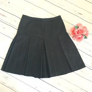 J Crew Black pleated Size 6 wool skirt